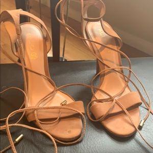 Also tan heels 8.5 US Woman's